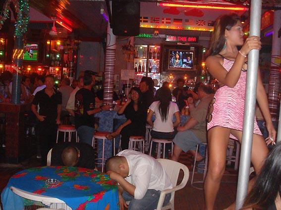лучшие бары для съема шлюх патонг