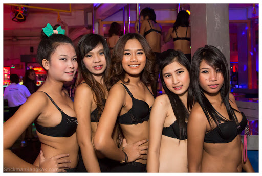 oasis thai spa sex tjejer escort